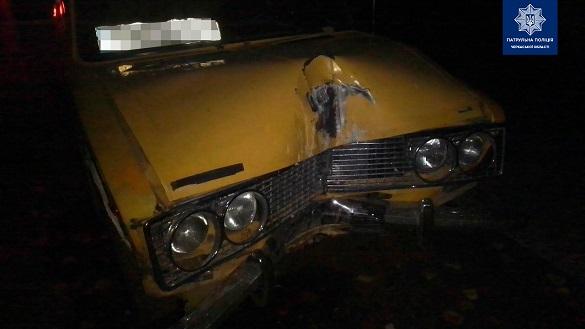 У Черкасах 19-річний водій зніс електроопору