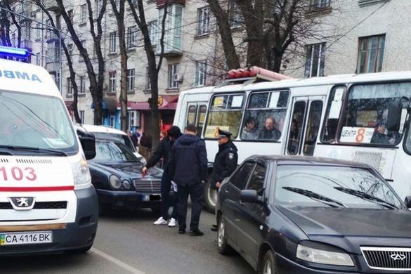 Намагався втекти: у Черкасах через ДТП утворився затор