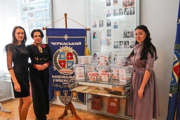 Черкаські студенти зібрали допомогу для безпритульних тварин