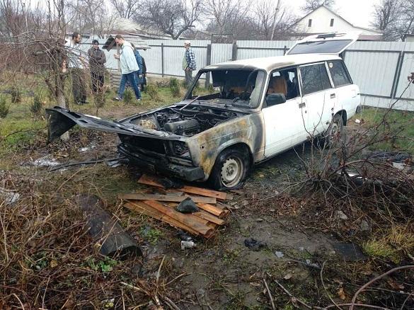 В приватному домоволодінні на Черкащині загорівся автомобіль