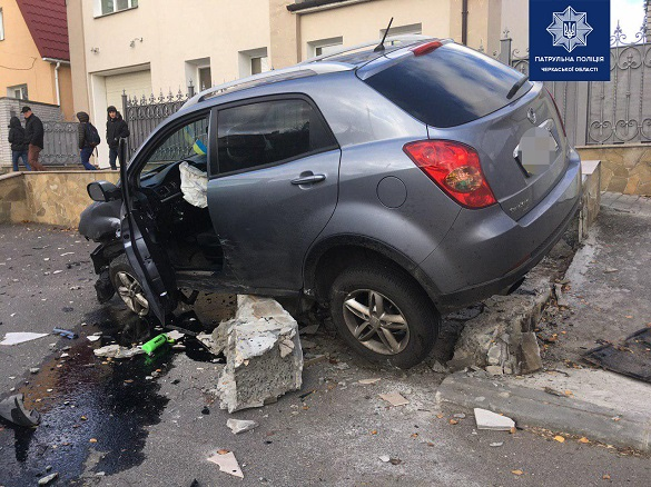 У Черкасах внаслідок ДТП постраждало двоє осіб (ФОТО)