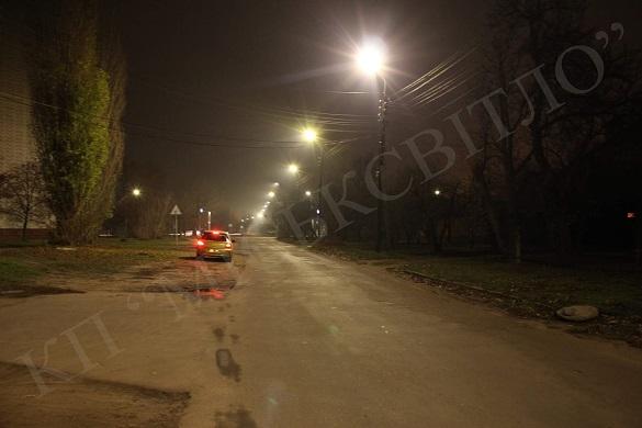 На одній із вулиць міста Черкаси оновили освітлення