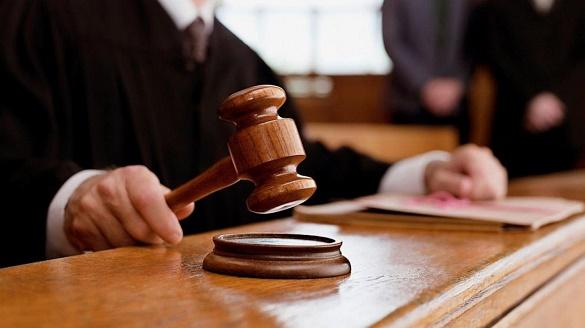 Судитимуть: у Черкасах працівниця суду розголосила відомості досудового розслідування