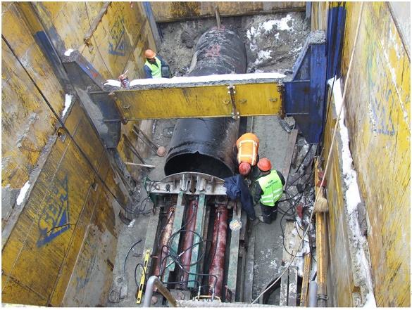 Комунальники завершують реконструкцію ділянки головного каналізаційного колектора Черкас (ВІДЕО)