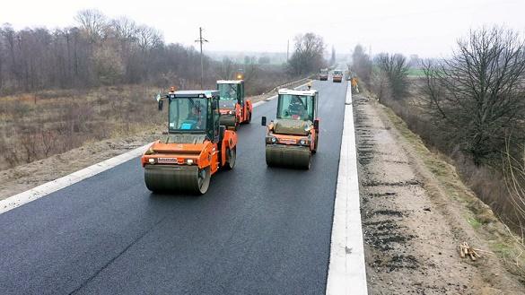 За цей рік на Черкащині було реконструйовано майже 50 кілометрів автодоріг (ФОТО)