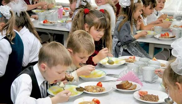 У Черкасах учні міжпарламентської асамблеї долучились до реформування харчування в школах