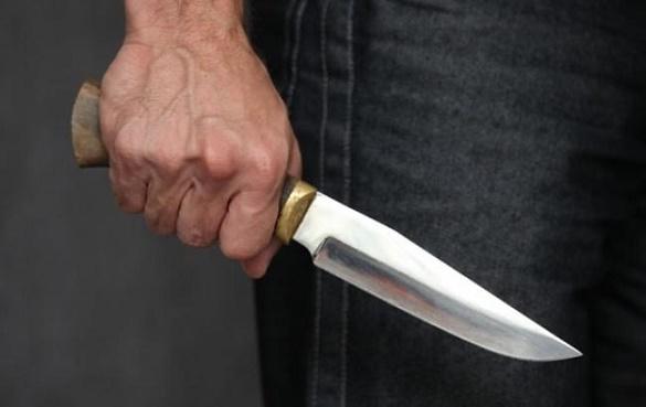 Зловмиснику, який вдарив ножем чоловіка на Черкащині, загрожує до восьми років ув'язнення