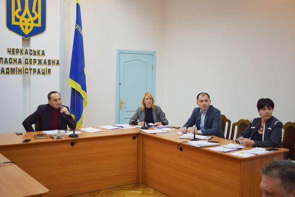 Дослідили питну воду і повітря: комісія проводить перевірку птахофабрик на Черкащині