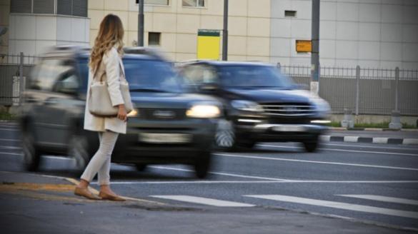Потрапив під машину - плати: в Україні пішоходів змусять оплачувати ремонт авто, яке їх збило