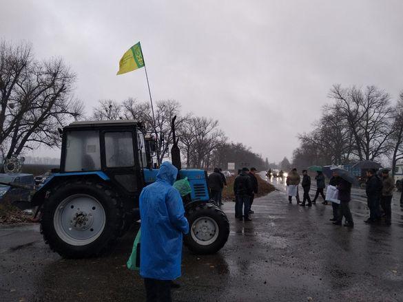 Кажуть, що продовжать під стінами ВР. Завтра на Черкащині фермери і землевласники мітингуватимуть проти продажу землі