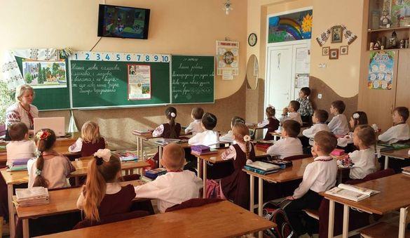 Стало відомо, чи будуть у черкаських школах оголошувати карантин