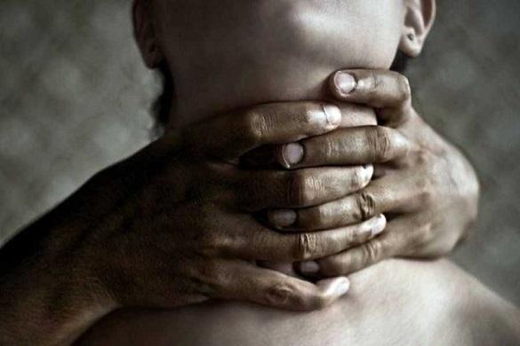 63-річний чоловік на Черкащині задушив свою співмешканку
