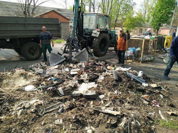 Негабаритне сміття у Черкасах знову вивозитиме управлінська компанія