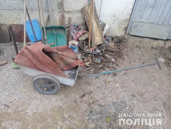 На Черкащині чоловік вдерся до підсобного приміщення односельчанки та викрав велосипед і металобрухт (ФОТО)