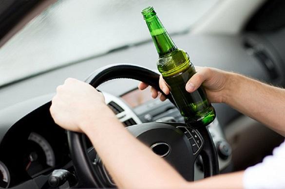 Дозволена норма перевищувала у 14 разів: на черкаській дамбі зупинили чоловіка у стані алкогольного сп`яніння (ФОТО)