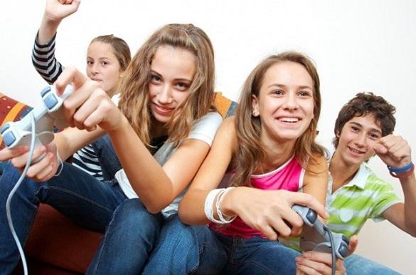 Тисяча неповнолітніх у Черкасах перебуває під постійним контролем служби у справах дітей