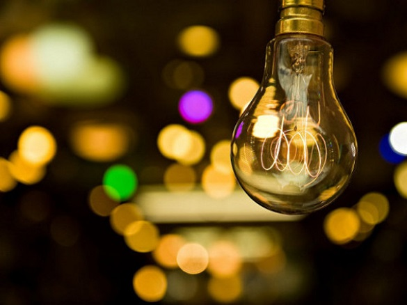 Хто сьогодні у Черкасах сидітиме без світла (ПЕРЕЛІК)