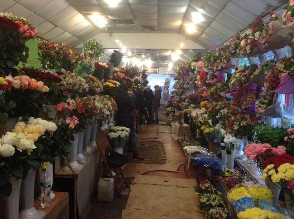 Квітковий павільйон у Черкасах перенесуть