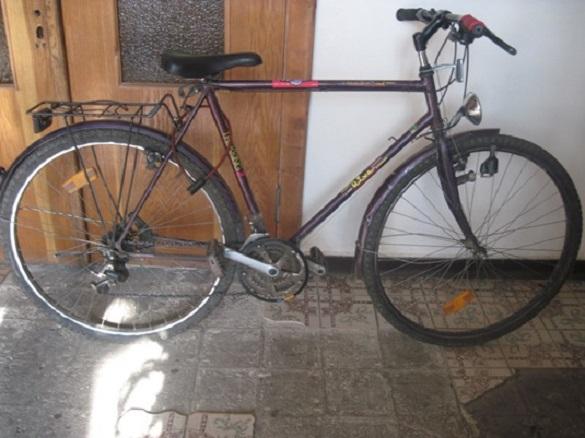 Чоловік на Черкащині викрав мобільний телефон та велосипед у знайомих