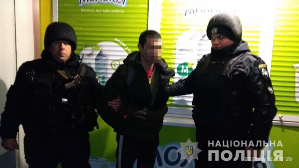 Черкащанин вночі намагався пограбувати торгове приміщення (ФОТО)