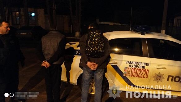 Двоє чоловіків на Черкащині намагалися пограбувати магазин (ФОТО)