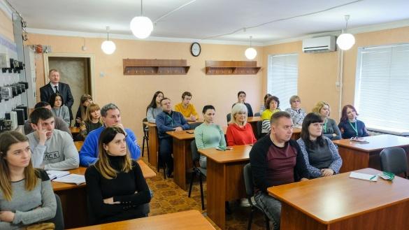 Черкаські енергетики дізналися більше про охорону праці