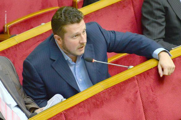 В Умані з'явилась петиція про встановлення пам'ятника черкаському нардепу замість Кобзаря