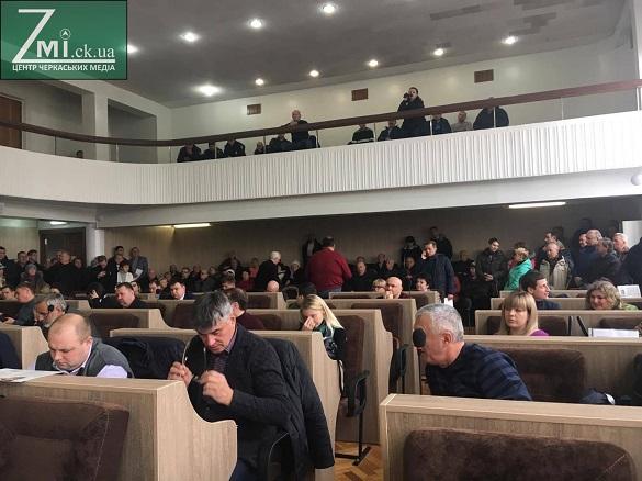 Депутати Черкаської міськради звернуться до президента на підтримку підприємців