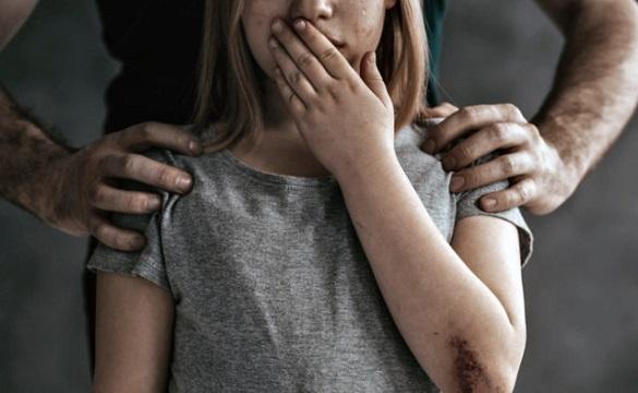 Вітчим згвалтував неповнолітню на Черкащині