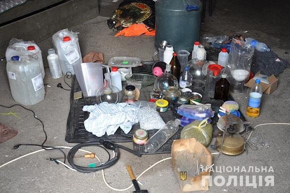 Нарколабораторію поліцейські ліквідували на Черкащині (ФОТО)