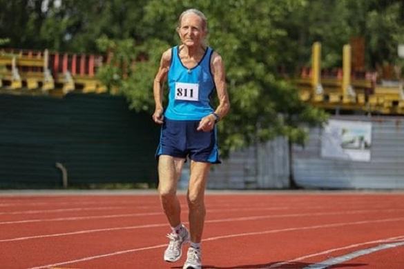 Рекорд України з бігу встановила 80-річна черкащанка  (ФОТО)