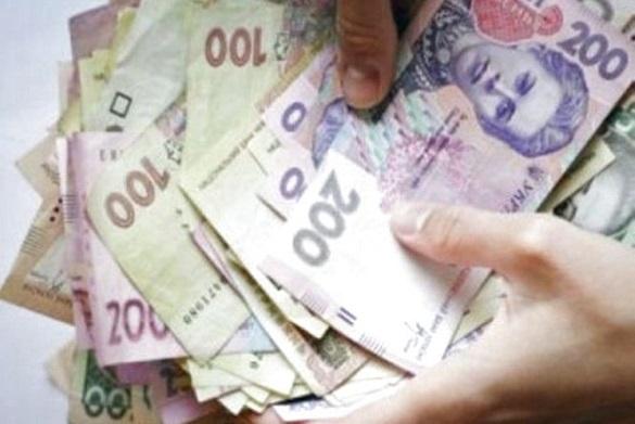Відмолити гроші: шахраї у Черкасах заволоділи грошима жінки