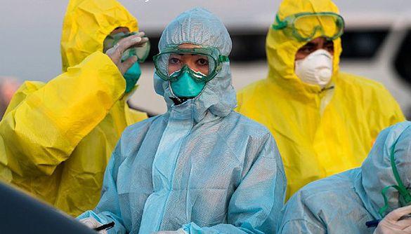 Стало відомо, коли медики Черкас будуть забезпечені захисними костюмами
