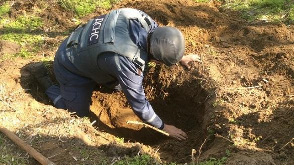 Чорні археологи на Черкащині мало не підірвалися під час пошуку скарбів