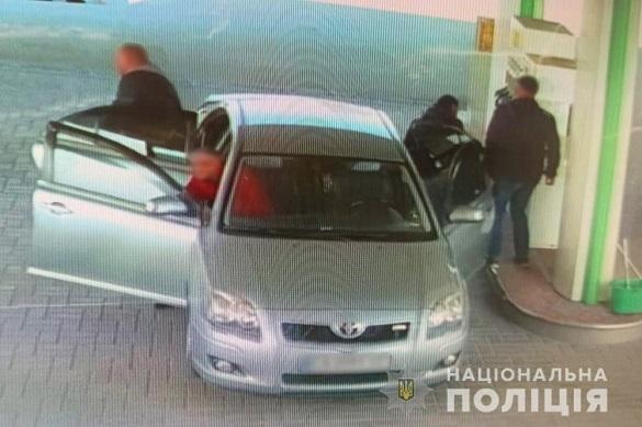 Четверо на Черкащині обікрали одну із заправок (ФОТО)