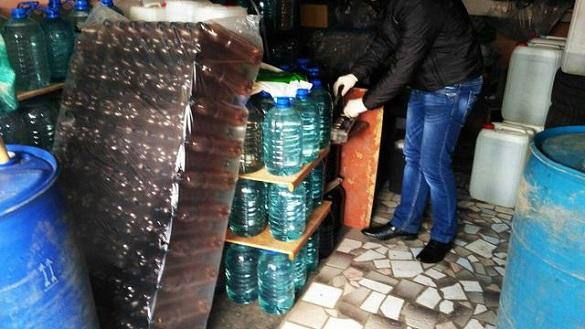 Трьох зловмисників, які збували незаконно алкоголь, судитимуть на Черкащині