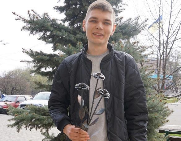 22-річний черкащанин виготовляє унікальні вироби з металу (ФОТО)