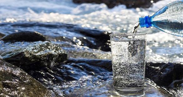 Продаж артезіанської питної води з автоцистерн частково відновили у Черкасах