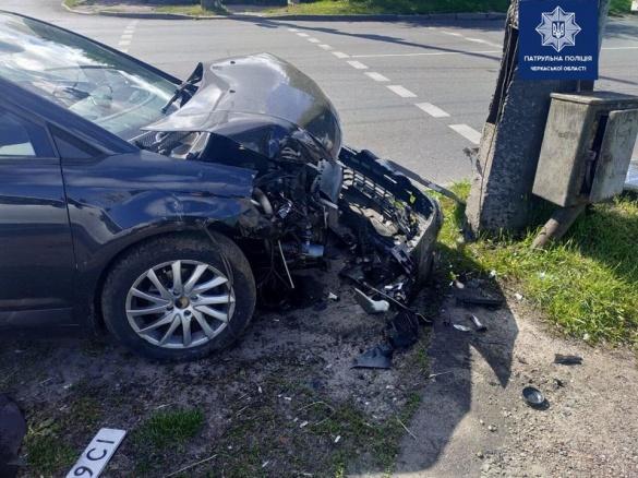 Розбиті машини: у Черкасах сталася чергова ДТП (ФОТО)
