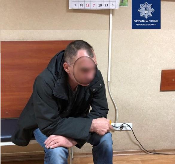 Чоловік у Черкасах викрав ноутбук у своєї знайомої (ФОТО)