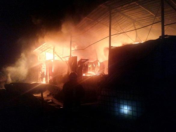 У виробничому цеху на Черкащині сталася пожежа (ФОТО)