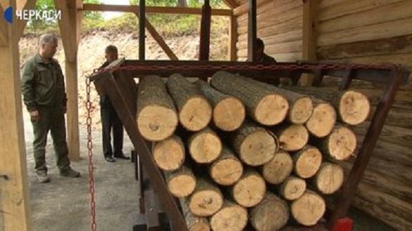 Історія у двісті років: на Черкащині відновили ваги, якими зважували дрова на початку 19 століття (ВІДЕО)