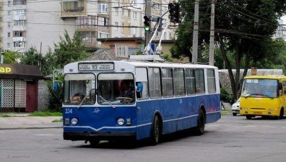 У Черкасах відновили регулярний рух тролейбусів