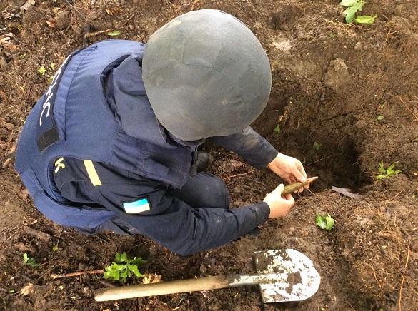 Піротехніки на Черкащині знищили 789 набоїв (ФОТО)