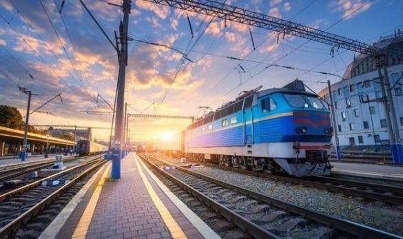 Через станцію імені Тараса Шевченка на Черкащині курсуватиме 5 потягів