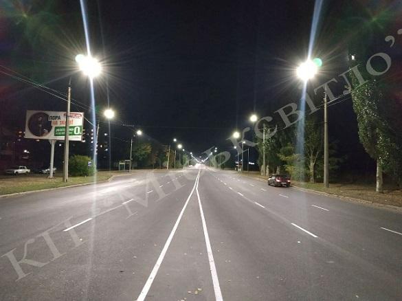 Вдосконалити освітлення проїжджої частини вулиці міста просять черкасці