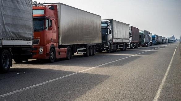 Із початку літа на Черкащині обмежили рух великовагового транспорту