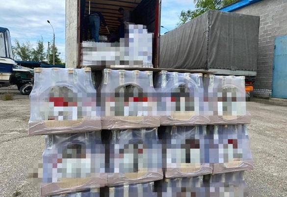 На Черкащині виявили ще 40 тонн алкоголю з підробленими марками акцизного збору (ФОТО)