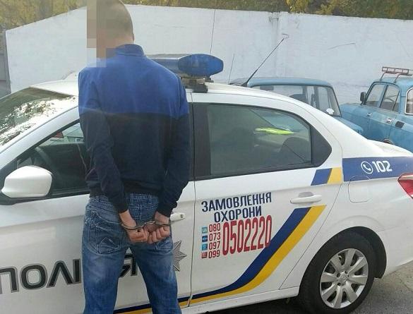 Чоловік на Черкащині напав на працівників супермаркету, а потім на медиків (ФОТО)