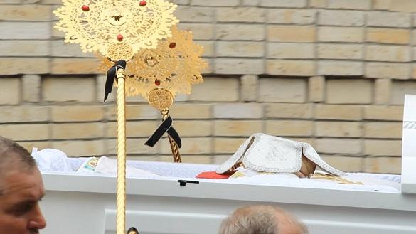 У Черкасах попрощалися з митрополитом Софронієм (ВІДЕО)